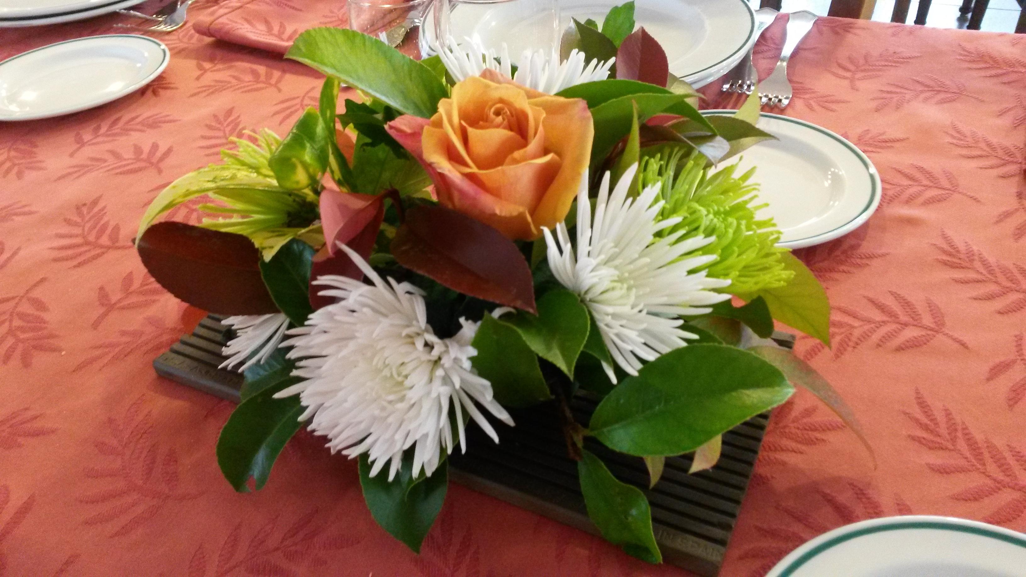 Arreglos Florales Sencillos Para La Mesa Hogar Creativo